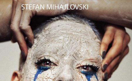"Stefan Mihajlovski, ""Ispod grla"": Iznad normativnosti"