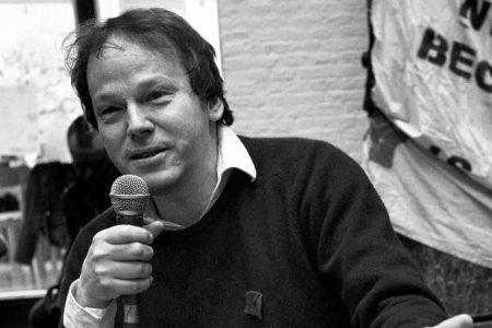 Преминуо антрополог и писац Дејвид Греjбер (1961–2020)